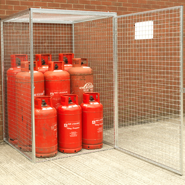 Gas-Cage-HDG-Open-Door