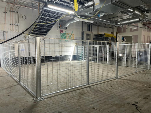 Mesh Partition for Dogs in Government Building