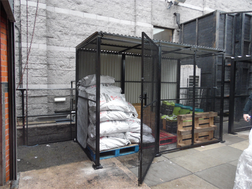 Wire Mesh Enclosure with Solid Roof