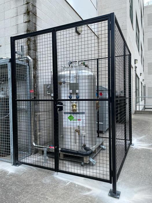 Wire Mesh Partition for Nitrogen Cylinder